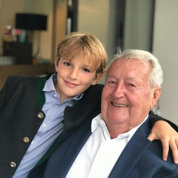 Hans Mitterer mit Enkel Xaver