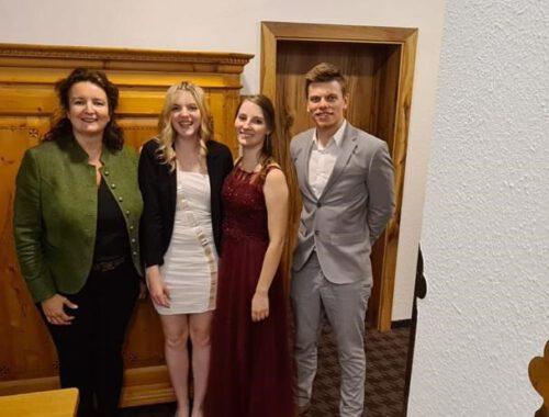 Abschlussfeier, Lara, Milana, Daniel 2021